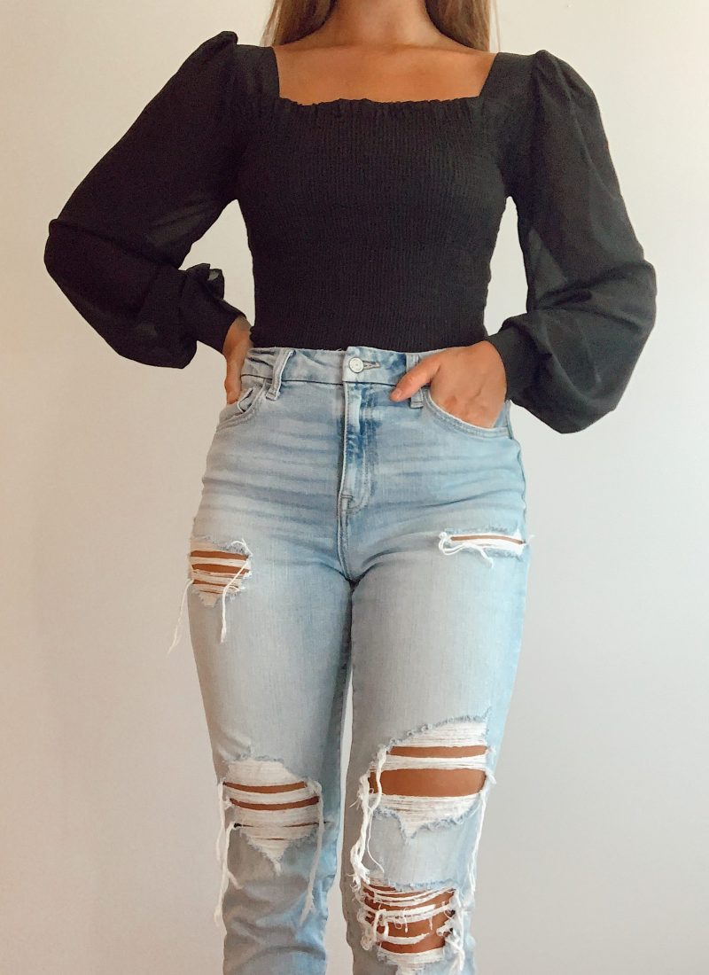 The Best Basic Clothing Items | Clothes You Need In Your College Wardrobe